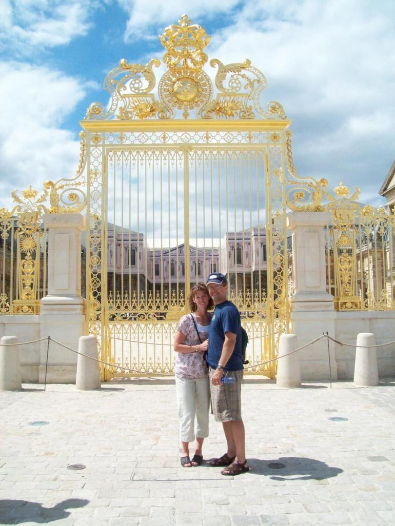 Golden Gates - Paris