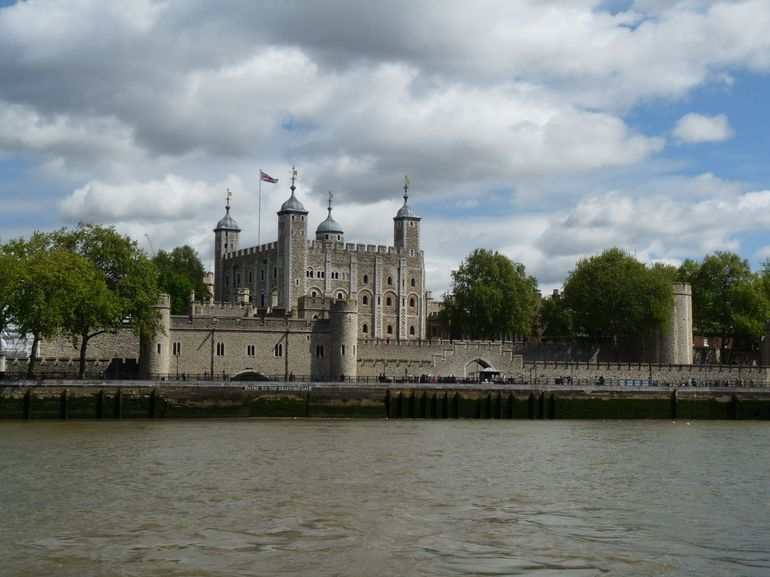Tower of London and Thames River Sightseeing Cruise photo 15