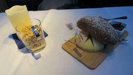 Présentation sur la table lorsque nous pénétrons sur le bateau. Nous avons hâte... , Fabrice D - May 2015