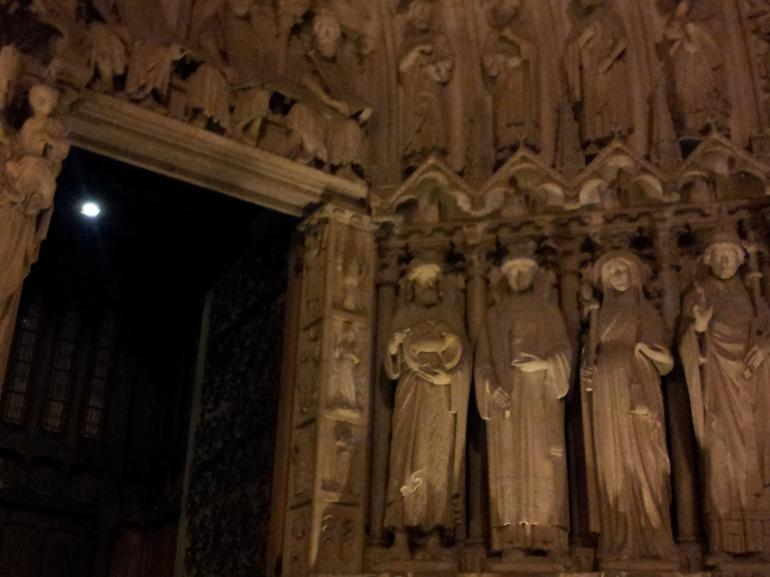 Ghosts, Mysteries and Legends Night Walking Tour of Paris photo 21