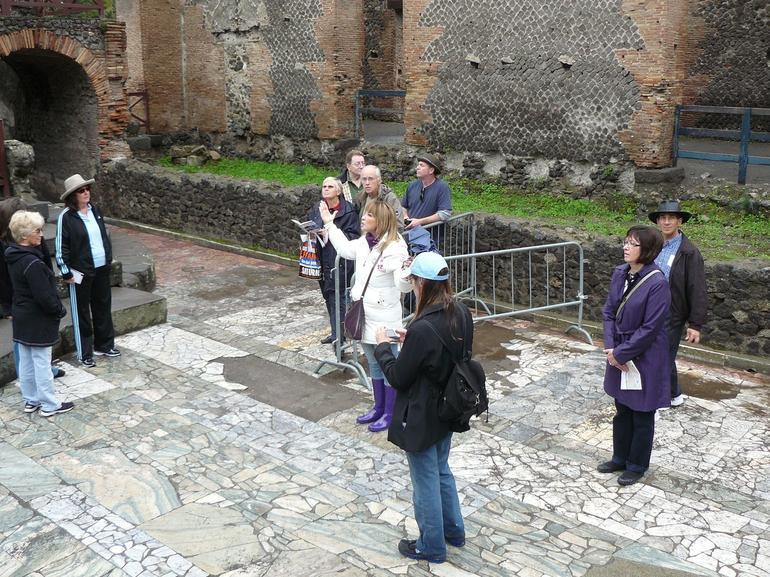 Pompeii tour - Naples