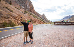 Valley of Fire Hiking Tour from Las Vegas., Viator Insider - January 2018