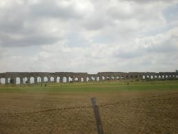 The aqueduct -- an amazing engineering feat, Paul P - July 2009