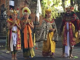 Ubud and Barong Dance Theatre , Maritess B - April 2015