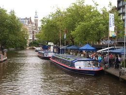 L'embarcadère de Blue Boat pas loin du magnifique RIJKSMUSEUM. , Pierre H - June 2014