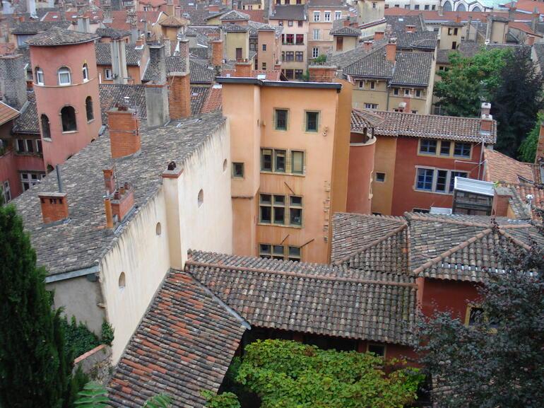 Colorful buildings in Vieux Lyon - Lyon