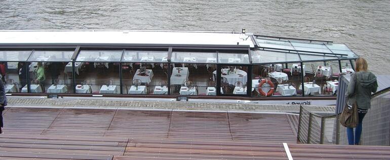 cruisebåten - Paris