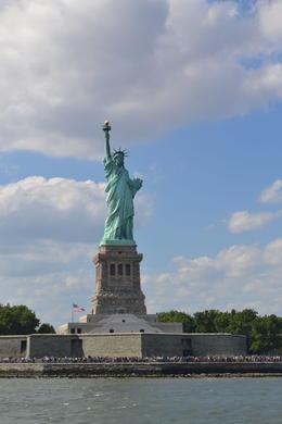 Estátua da Liberdade vista do Water Taxi. , jpkeldan - August 2013