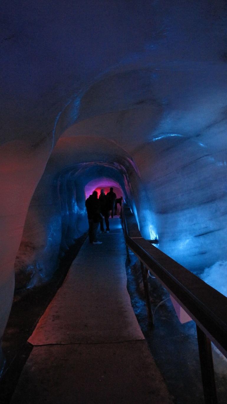ice cave - Zurich