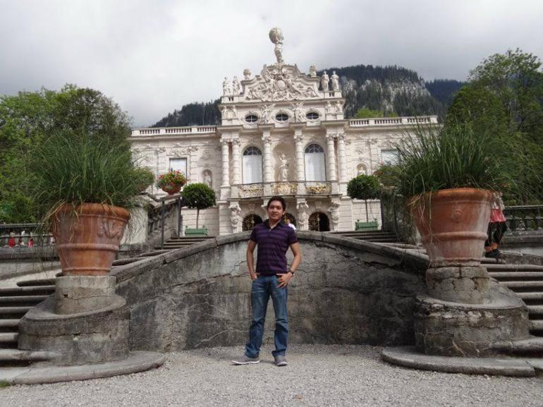 Linderhof Castle - Munich