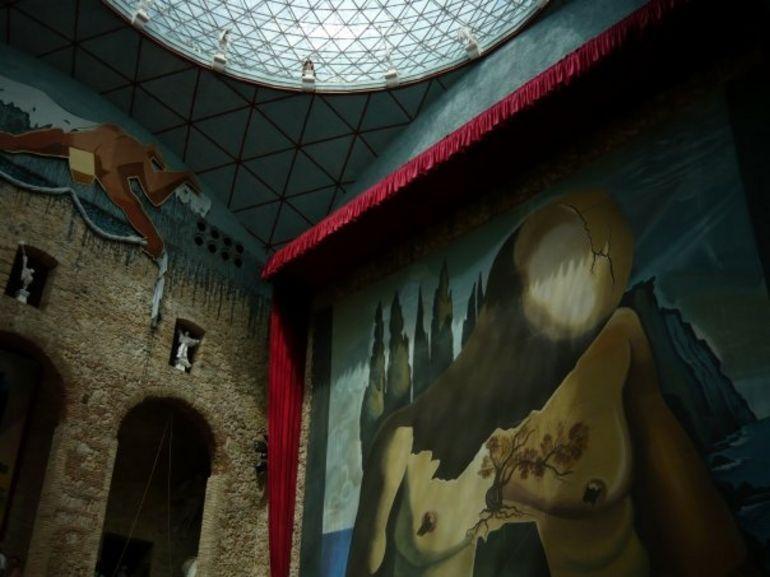 Salvador Dali Day Trip - Barcelona