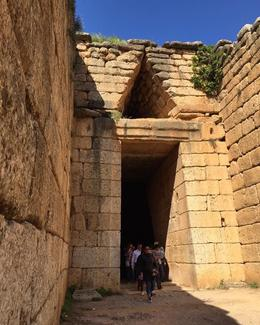 Tomb of Mycenaean King , The Johnsons - April 2017