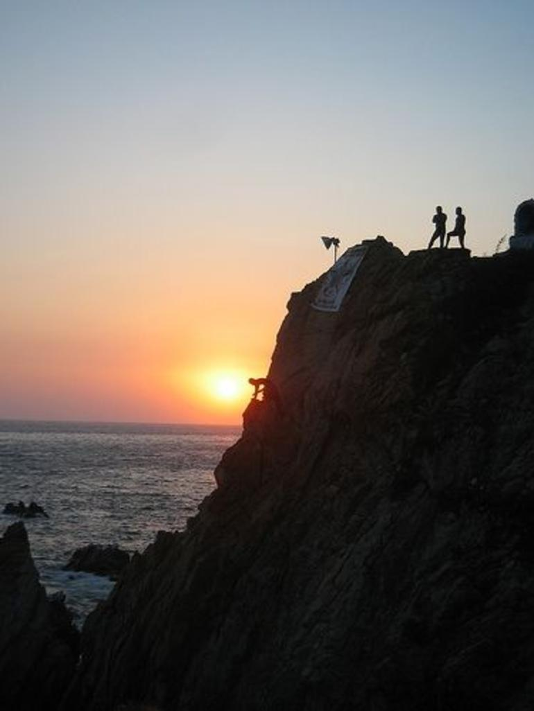 Cliff Divers in Acapulco, Mexico - Acapulco