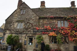 Cotswolds Arms in the quaint village of Burford , Jill - November 2016