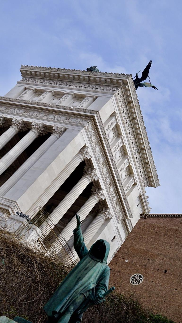 Rome Small-Group Experience 8 Passengers maximum Civitavecchia Pick Up Included