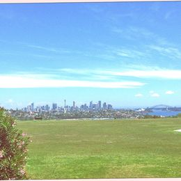 One of the best views of Sydney, a local hidden gem for travellers to get a postcard photo of the city , clovar - October 2015