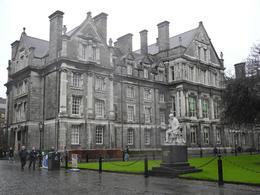 Trinity College , izausa - December 2012