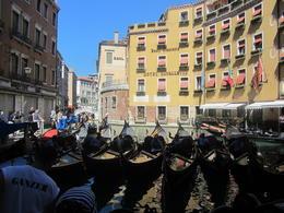 Gondola parking in Venice , waelelerian - September 2012