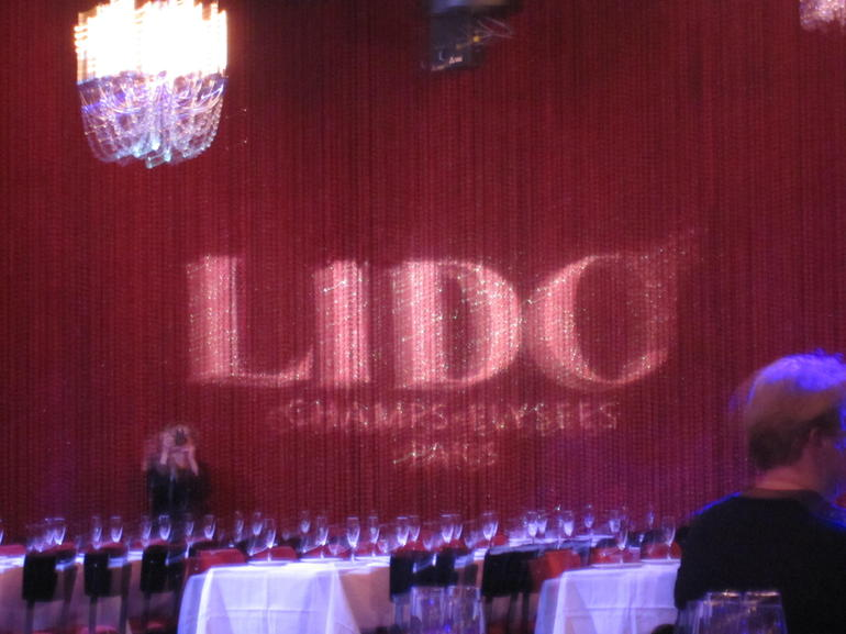 Curtain at the Lido - Paris