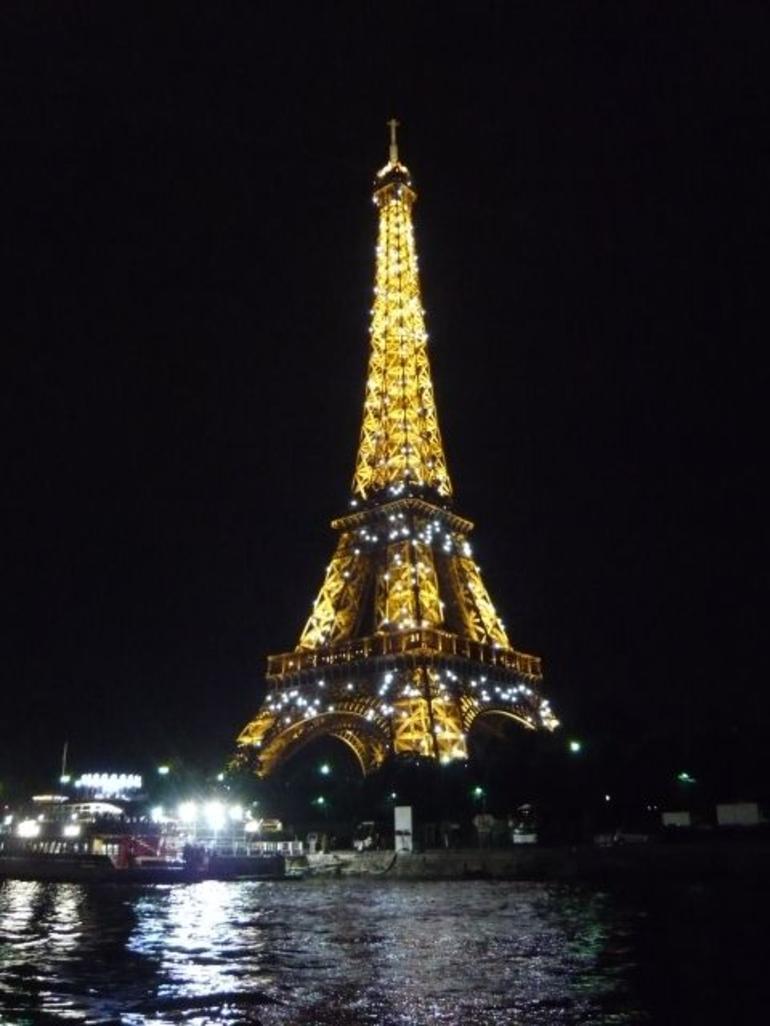 P1070989 (480x640) - Paris