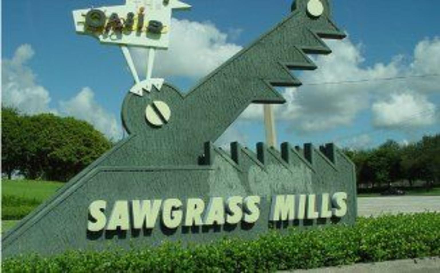 MAIS FOTOS, Transporte de ida e volta do shopping center Sawgrass Mills saindo de Miami