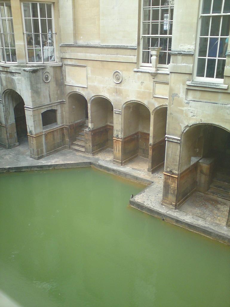 roman bath - London