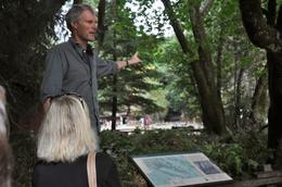 Great tour guide! , JayNBee - October 2014