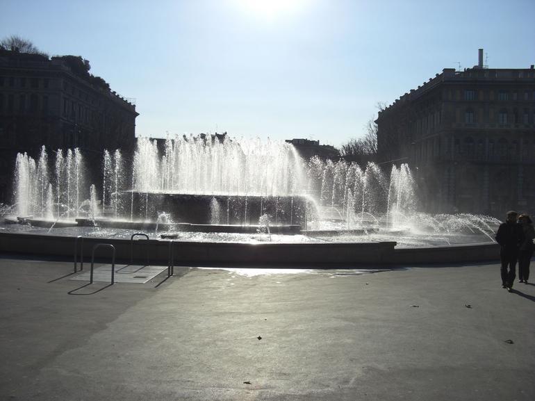 Largo Cairoli - Milan