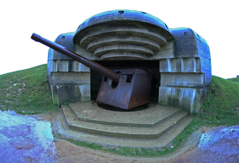 Normandy Beaches Half-Day Trip from Bayeux - Caen