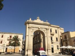 Porta Reale, or the Royal Gate in Noto. , Robert D - July 2016