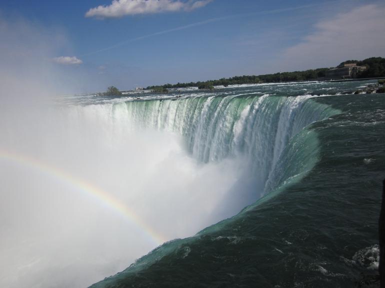 Somewhere over the rainbow - Niagara Falls & Around