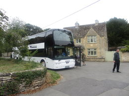 Tour Bus - Bampton Village , Lori N - September 2015
