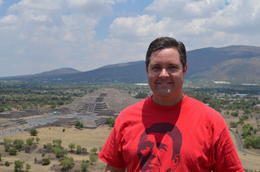 A picture of me on the Piramide del Sol with the Piramide de la Lune in the background. , JesterPSU99 - April 2014