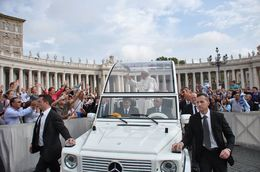 It was great to have seats so close to see Pope less than 12 feet away , Tom and Josiane - October 2015