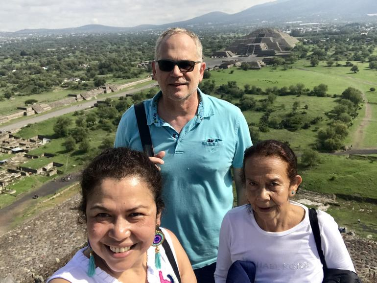Teotihuacan Morning Tour with an Archeologist and Tequila Tasting