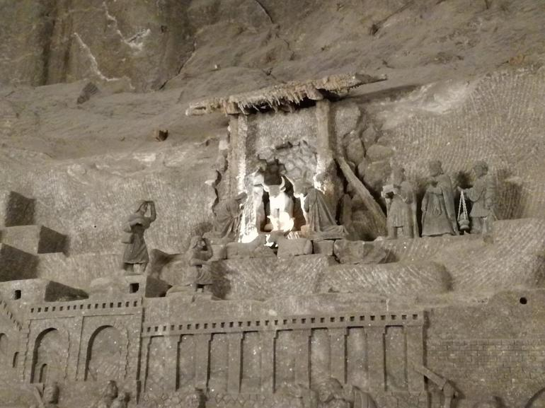 Day Trip to Auschwitz-Birkenau and Wieliczka Salt Mine from Krakow including Lunch photo 15