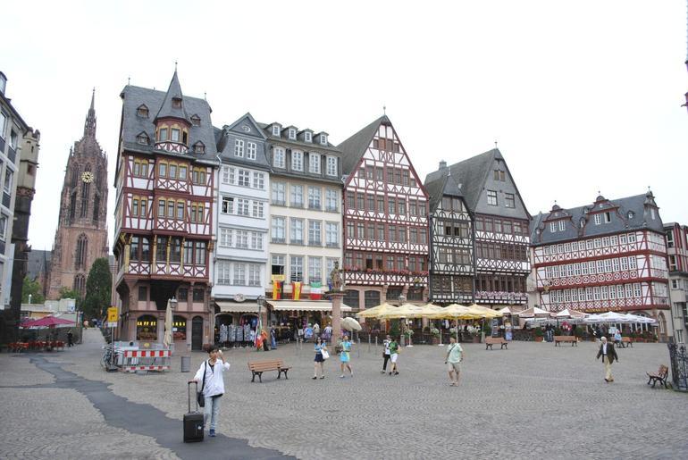 Frankfurt 2 - Frankfurt