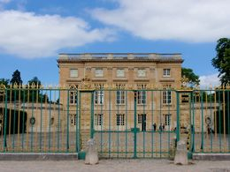 Marie Antoinette's home away from home at Versailles , Savvy Sightseer - August 2016