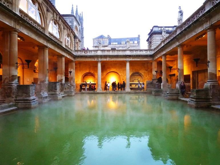 UK_Bath_pool - London