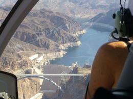 Hoover-Staudamm aus dem Helikopter , Wolfram C - May 2013