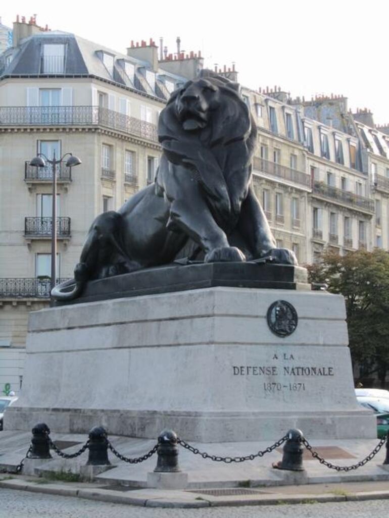 Monument - Paris