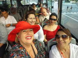 Essa foto foi feita a bordo do bus turístico. Perfeito. O melhor de todas as capitais por onde já passei. Fiz o mesmo tour em Barcelona e achei o de Madrid bem mais organizado. Perfeito...., ivete azambuja g - September 2013