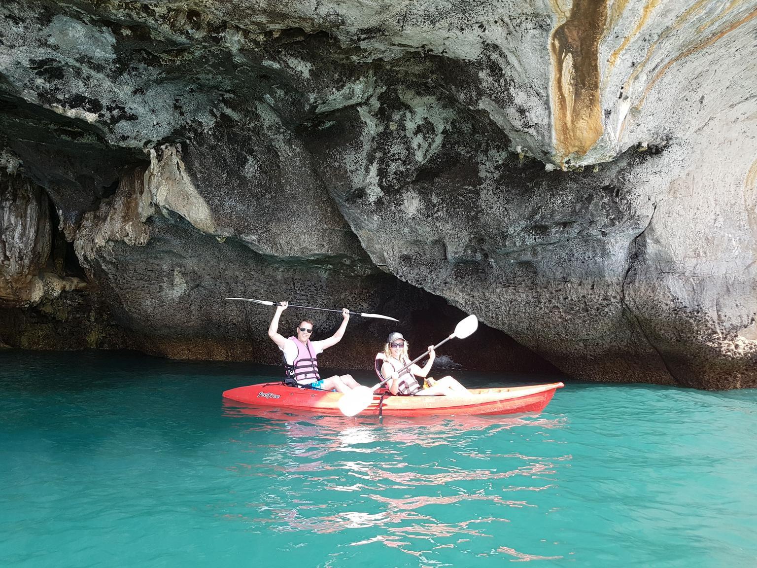 MÁS FOTOS, Visita a la Isla de Hong en barco de cola larga con buceo y opción de kayak