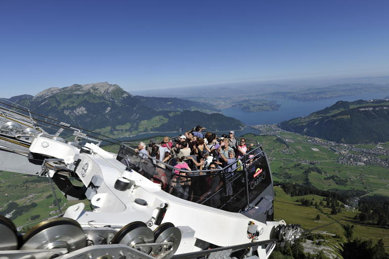Day Trip from Zurich to Lucerne and Stanserhorn - Zurich