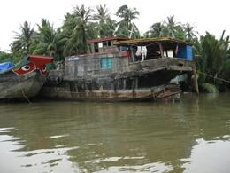 What makes this kind of adventure fun and educational is being able to experience the culture of the local people. There are many opportunities to do that - fishing boats, house boats, fish farms,..., Kevin S - July 2010