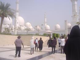 Towards Sheikh Zayed Grand Mosque , VASILIKI T - July 2013