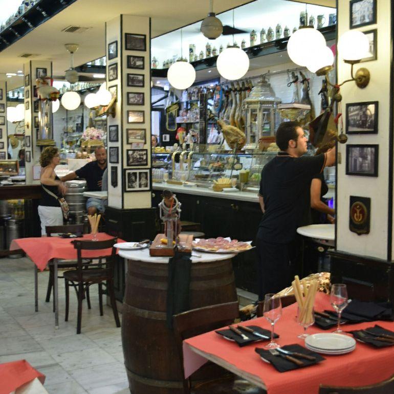 Malaga Tapas and Wine Tour