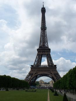 A view of the Eiffel Tower - July 2009