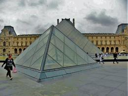 The Center of the Louvre , kellyszymanski - September 2016