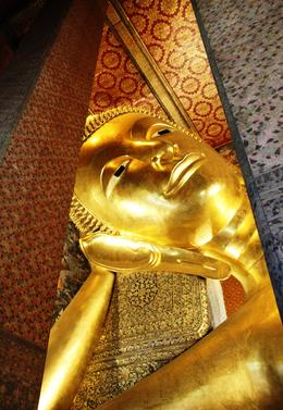 Wat Pho Temple of Reclining Buddha , beth.moreland - December 2017